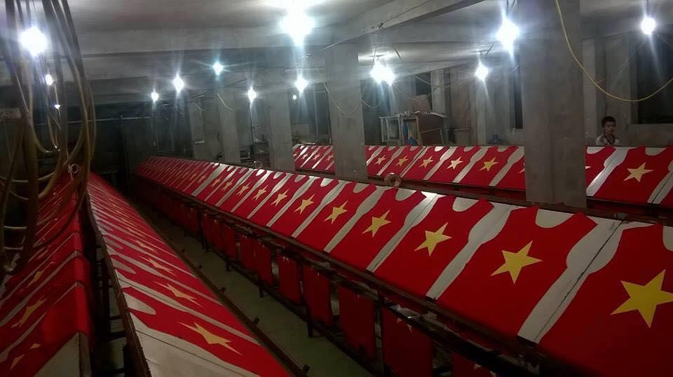 áo cờ đỏ sao vàng