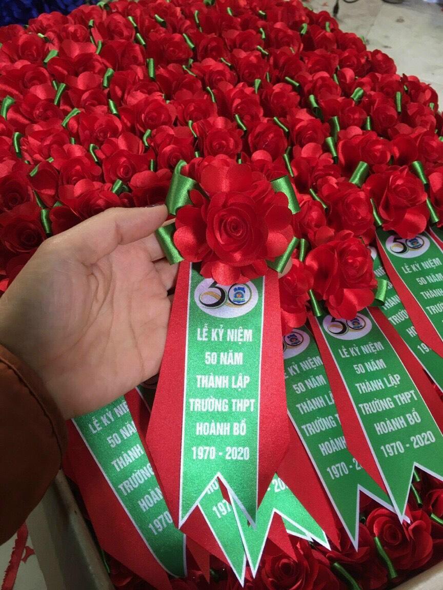 hoa cài áo đại biểu